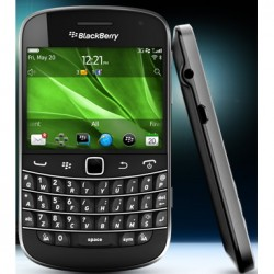 BlackBerry Bold Touch 9900 to Be Available on Three UK and Vodafone UK